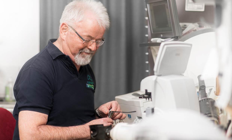 Optiker-Werkstatt - Reparaturen vor Ort in Gotha